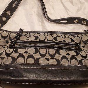Coach 9363 Signature Shoulder Bag